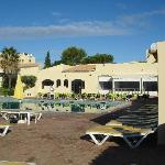 Clube Brisamor Alvor - view of pool bar/restaurant