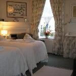  Wisteria, Double or Twin Room with Private Bathroom