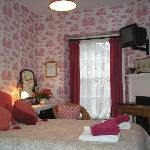 The Red Room, Double Room with En Suite Shower Room