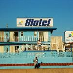 Photo de Sea Sprite Ocean Front Motel and Apartments