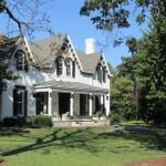 1823 Histroic Rose Hill Inn