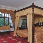 Four Poster Deluxe Room £165 pp