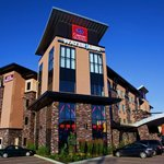 Comfort Suites Kelowna