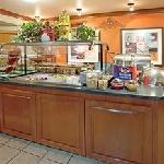 Staybridge Suites Buffet Area
