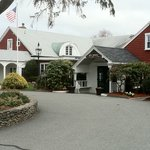 The Coonamessett Inn