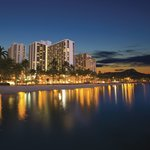 Marriott Waikiki Beach Resort And Spa