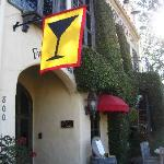 Look for the happy hour flag 4:30 to 6:30 tues-sun!