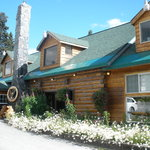 Summit Lake Lodge