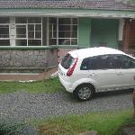 Green Palm Cottage - My washed car :)