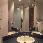 Photo de Premier Inn Birmingham South - Hall Green