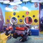 kiddy cuts (inside Fx Mall)