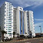 Regency Towers Foto