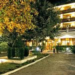 Pinewood Hotel