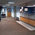  Lobby and front desk (pretty nice)