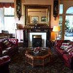 Photo of Kilcreggan Hotel