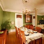  Guests Dining Room