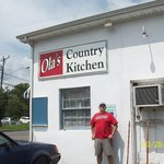 Ola's Country Kitchen