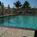 Foto van Holiday Inn Express Hotel & Suites Dallas Lewisville
