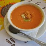  Homemade Tomato soup with cheese tortelini