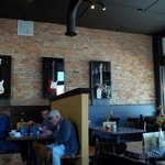 Corner Brick Bar and Grill Foto