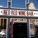 Photo de Red Red Wine Bar
