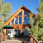 Flagstone Meadows Ranch Bed and Breakfast resmi