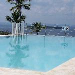 Infinity pool at Vista Mare