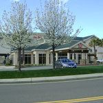 Hilton Garden Inn Redding (5050 Bechelli Lane )