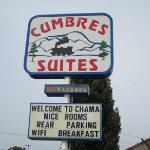 Cumbres Suites sign