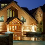 Hawthorn Suites Executive Village Overland Park