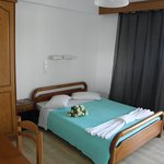 San Stefanos Hotel Rooms, Studios & Villas