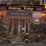 Oaktree Lodge Hotel