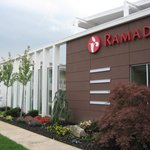 ‪Ramada Inn & Suites of Rockville Centre‬