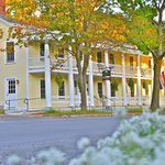 Essex Inn on the Adirondack Coast