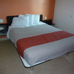 Motel 6 San Diego Downtown의 사진