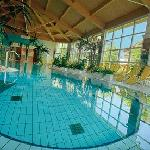 Cordial Golf & Wellness Hotel Reith Pool innen