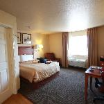 Photo de Candlewood Suites Fayetteville-Univ. of Arkansas