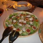 Excellent salad with fresh figs