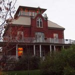 Wolfe Manor Bed and Breakfast