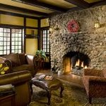 Hilltop Manor Bed & Breakfast