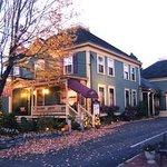 Austin's Holidae House B&B