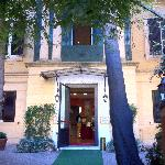  Rome Garden Hotel