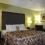 Days Inn Great Lakes King Bed