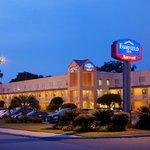 ‪Fairfield Inn by Savannah Midtown‬
