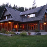  Mountain Trek Lodge
