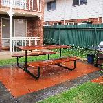  BBQ Area in the 400 block