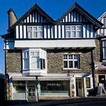Monties Bed and Breakfast Bowness-on-Windermere