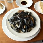 Penn Cove mussels in Thai green curry sauce