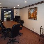 Baymont Inn and Suites Concord/Mentor resmi
