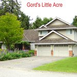Gord's Little Acre B & B